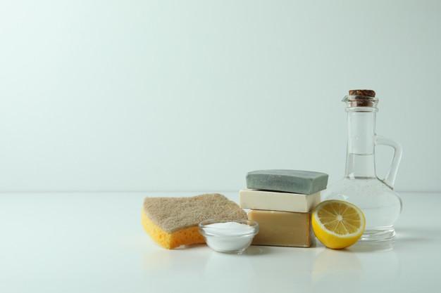 uso del vinagre en la limpieza del hogar