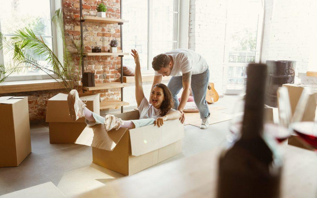 Casa ordenada, pareja unida: Cómo afecta el desorden a las parejas